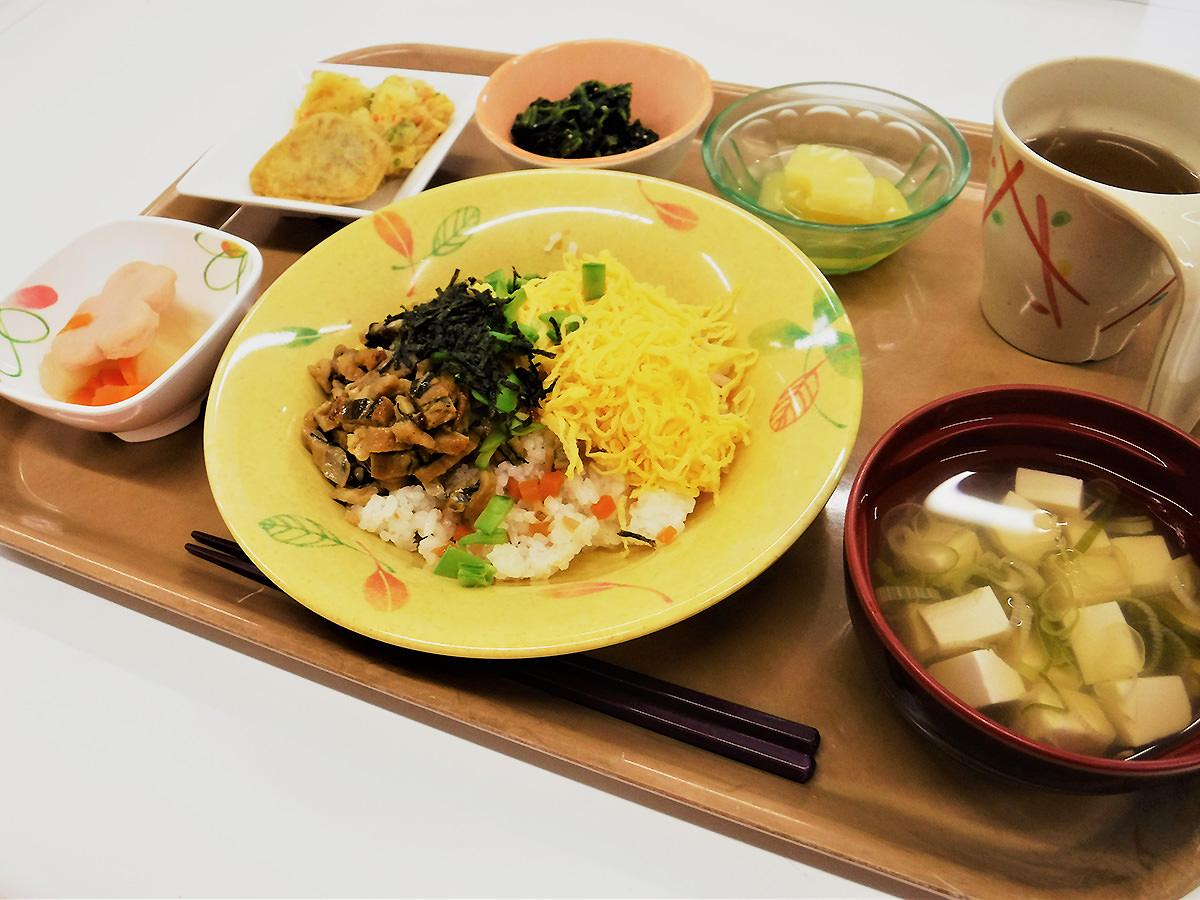 6月20日(日) 父の日 昼食